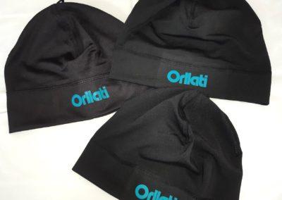 Des bonnets pour le Groupe Orllati